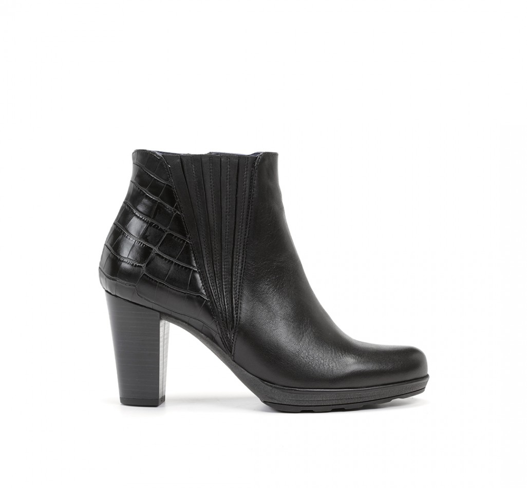 MANNY F0691 Sugar Black Booties